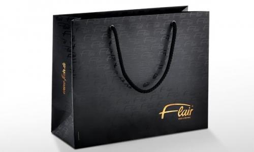 Mẫu túi giấy cao cấp cho shop thời trang