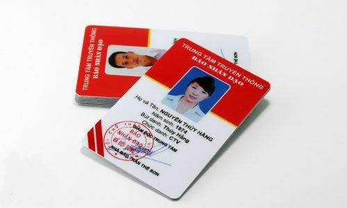 In thẻ nhân viên giá rẻ Hà Nội
